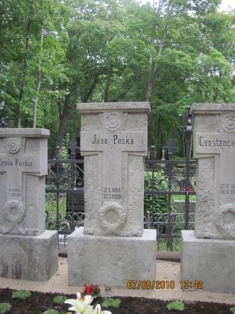 https://www.haudi.ee/uploads/burialplace_4c8630836c541.jpg