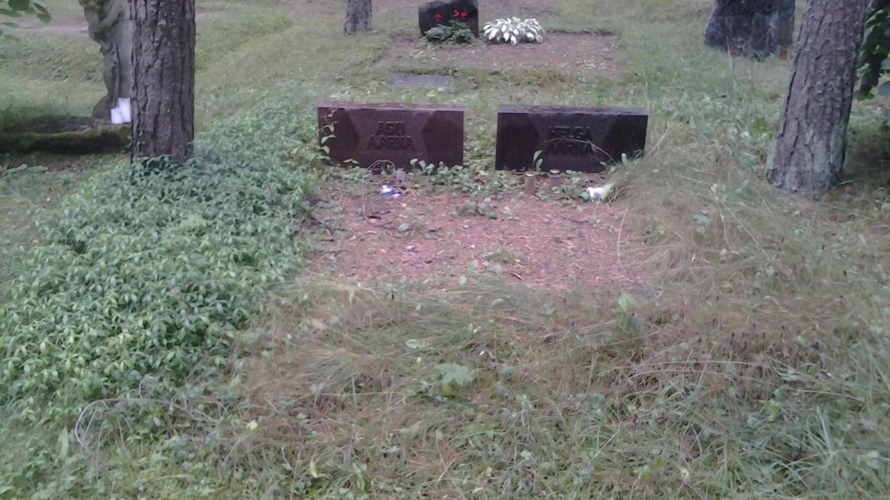 https://www.haudi.ee/uploads/burialplace_54103658f339d.jpg