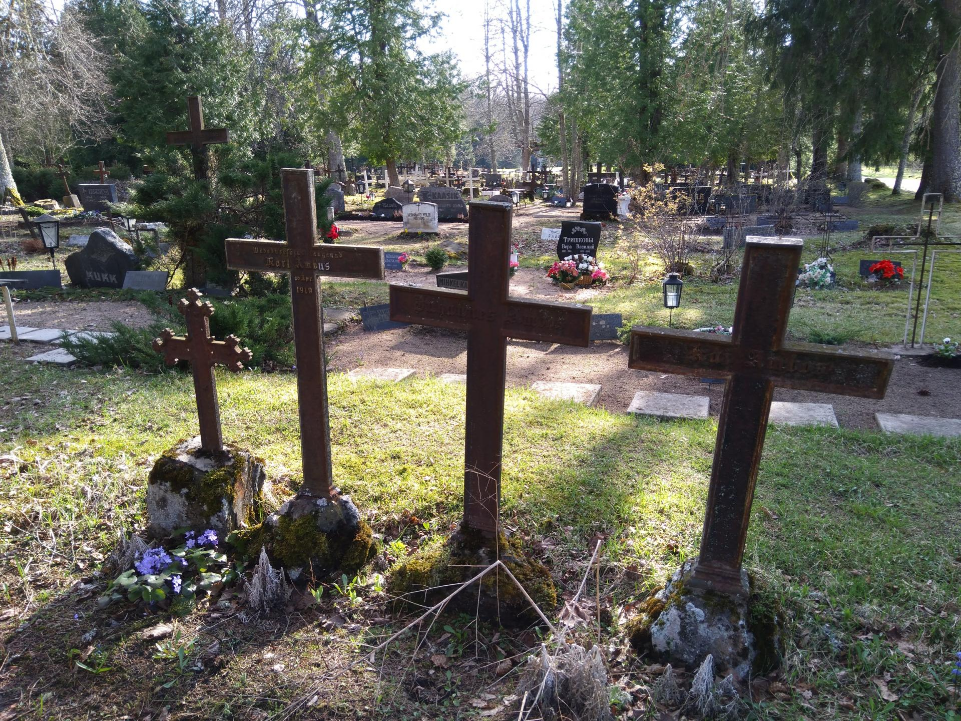 https://www.haudi.ee/uploads/burialplace_5bd20cec0880a.jpg