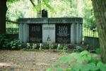 https://www.haudi.ee/uploads/burialplace_4c5be307a4682.jpg